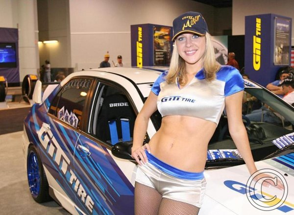 Car-Tuning-Show-Hot-Babes